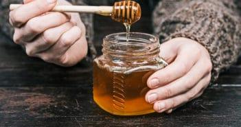 Honing tegen astma